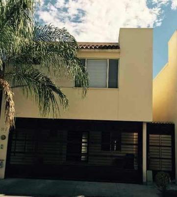 Casa En Renta Paseo De Cumbres 3 Sector Monterrey