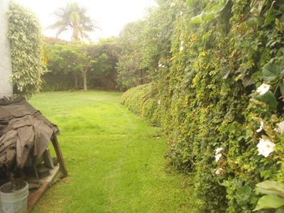Col.maravillas Interesante Casa Sola Un Nivel Gran Jardin