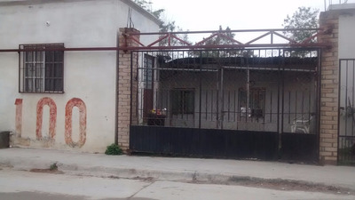 Casa Con Tres Cuartos Y Un Baño En Reynosa.