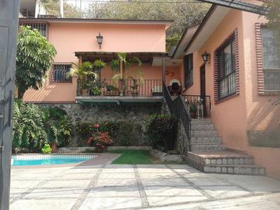 Casa Muy Bonita En El Centro De Cuernavaca.