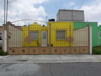 Casa Económica En Fracc. San Cristobal,mineral De La Reforma