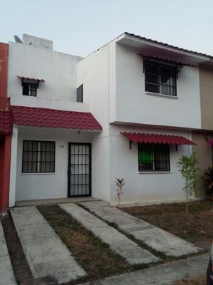 Casa En Condominio En Los Encinos, Fresno