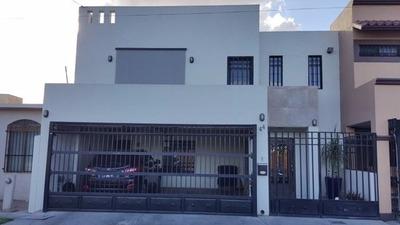 Clave V1251, Casa En Venta En Villa Sol (valle Del Lago)
