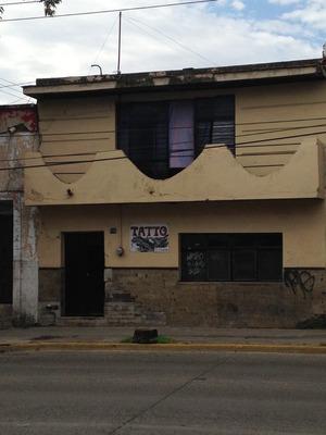Casa En Av. Republica En La Col. Libertad