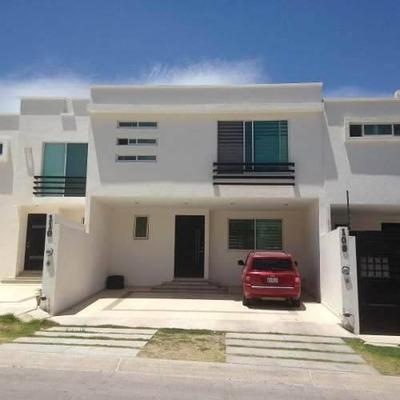 Casa Nueva Moderna En Renta