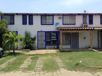 Casa En Condominio En Llano Largo, Joyas Del Marques