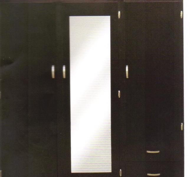 Closet color chocolate en dos piezas para escaleras for Closet con escalera