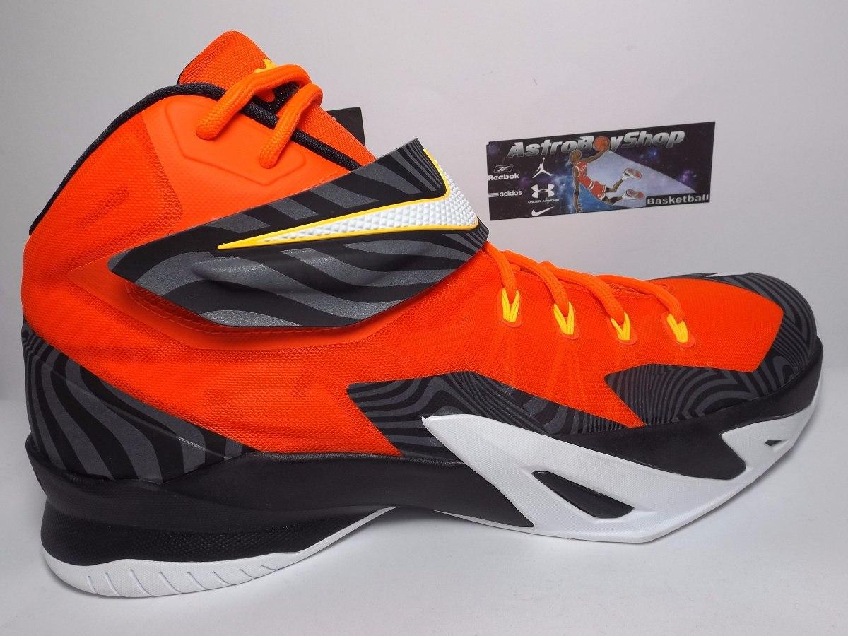 lebron james new tennis zapatos